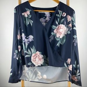 Ally Size 8 Floral Navy Blouse Long Sleeve